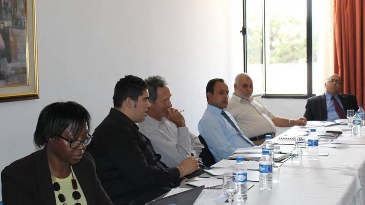 لجنة مراجعة وتطوير التشريعات الانتخابية تعرض مسودتها الأولى