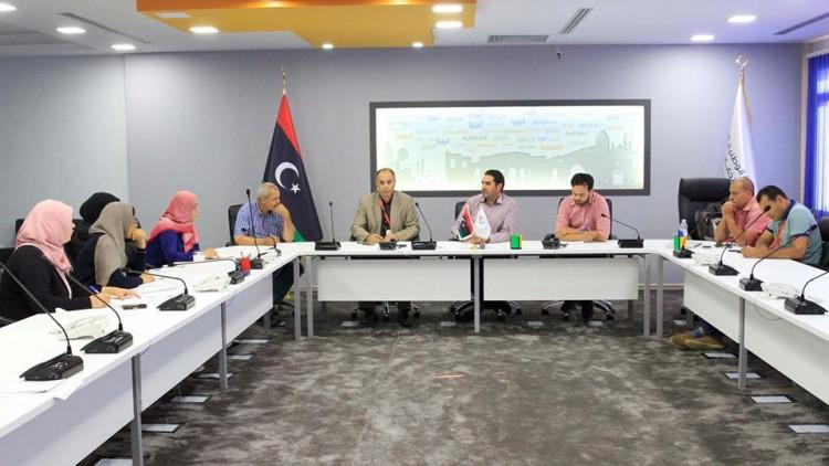 اجتماع لمناقشة مشروع البطاقة الانتخابية