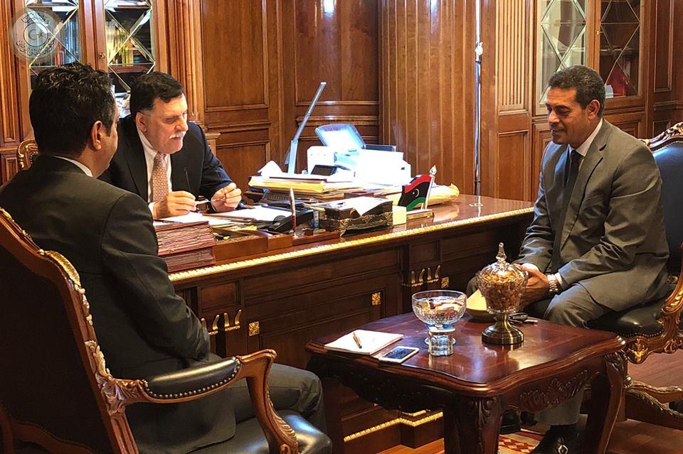 رئيس المجلس الرئاسي يلتقي رئيس المفوضية لمناقشة الاستعدادات للاستحقاقات القادمة