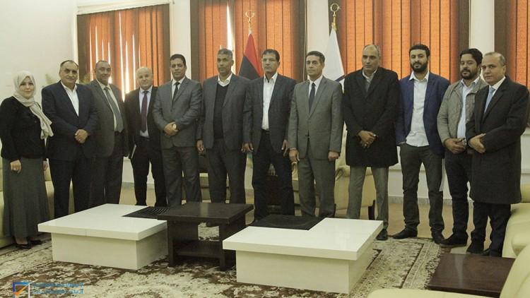 اجتماع رئيس مجلس المفوضية بأعضاء من مجلس النواب