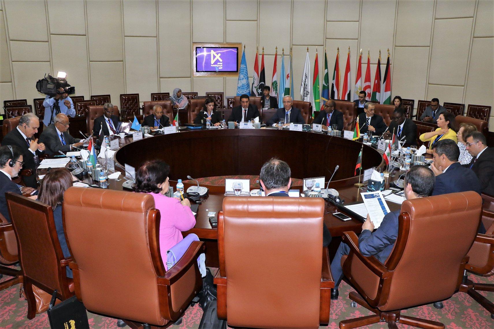 المفوضية الوطنية العليا للانتخابات تشارك في اجتماع الجمعية العمومية الرابع للمنظمة العربية للإدارات الانتخابية في نواكشوط