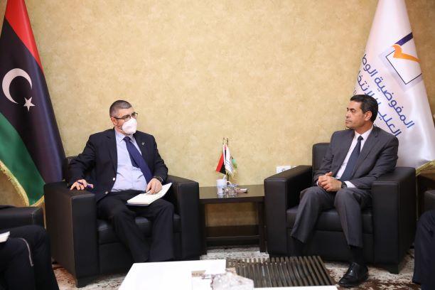 مجلس المفوضية يبحث آخر مستجدات الانتخابات مع سفير الاتحاد الأوربي.