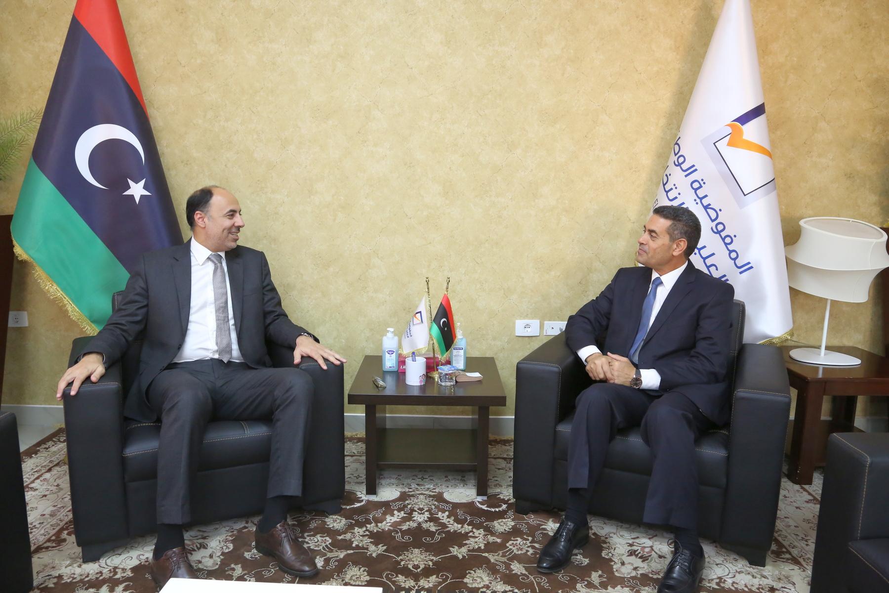 مجلس المفوضية يستقبل السفير المصري لدى ليبيا