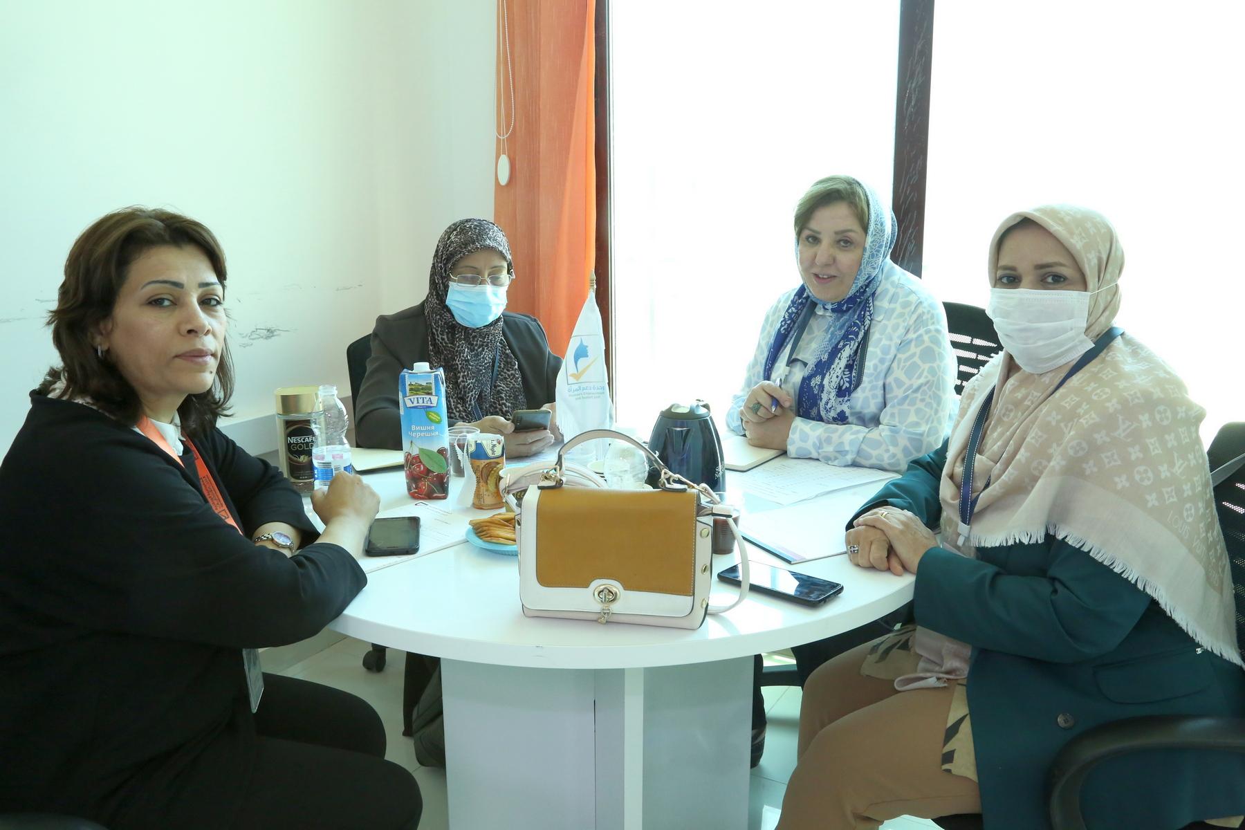 وحدة دعم المرأة تجتمع مع الاتحاد النسائي الليبي