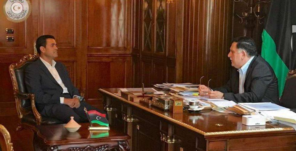 رئيس المجلس الرئاسي يبحث مع رئيس مفوضية الانتخابات الاستعدادات للاستحقاقات القادمة